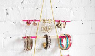 Hanging Jewelry Holder DIY