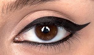 How to Do Winged Eye liner