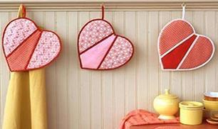 DIY Heart Shaped Pot Holders